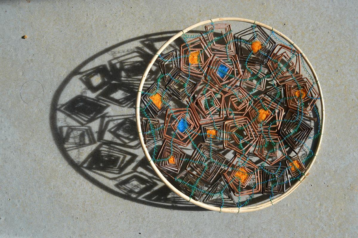 2015 Willow, wire, polypropylene string. 50 x 7cm